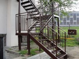 schody miedzyswiec (2)